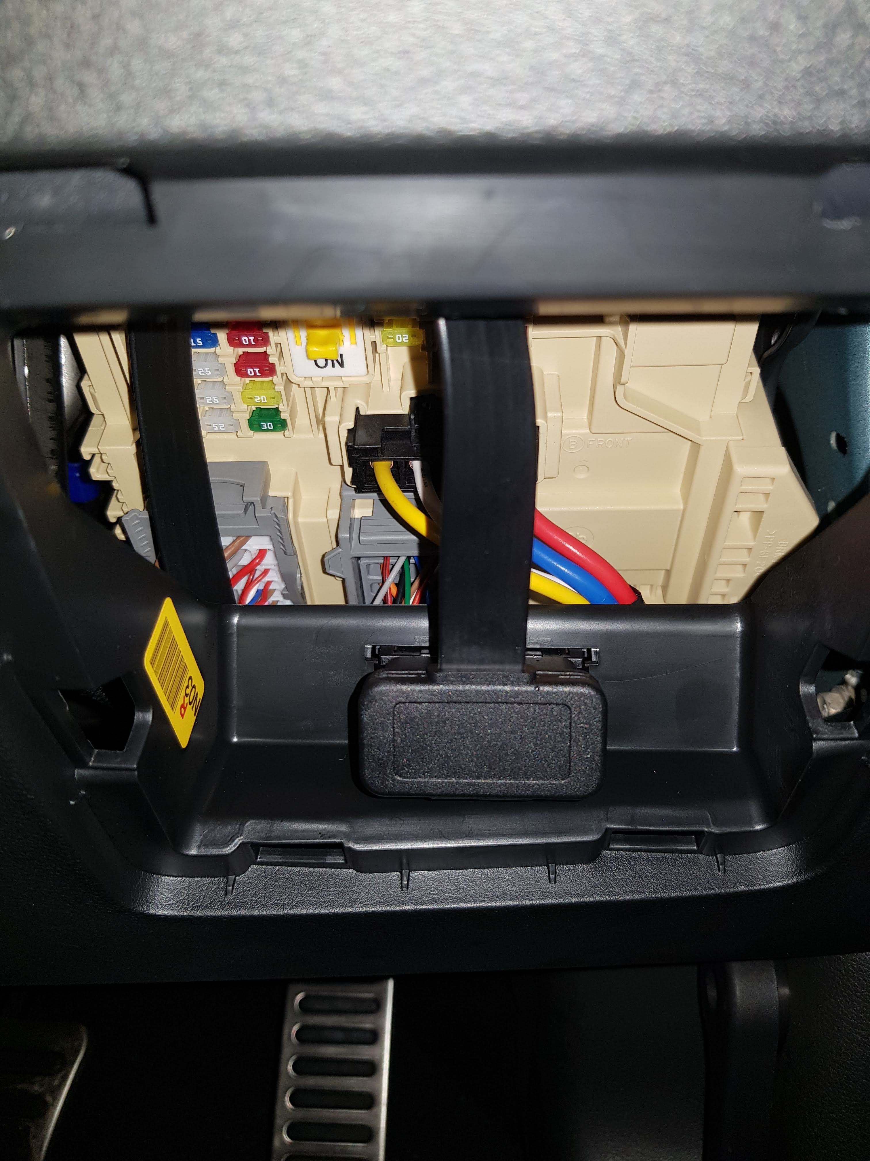 Outside Of Obd2 Fuse Box - Wiring Diagram